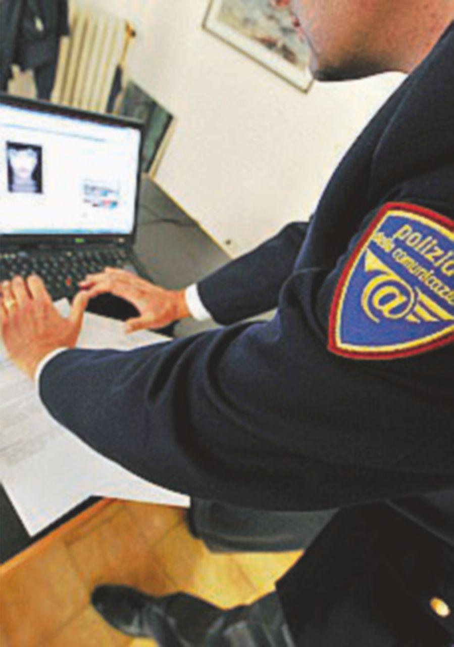 Arrestati tre jihadisti del web: inneggiavano agli attentati