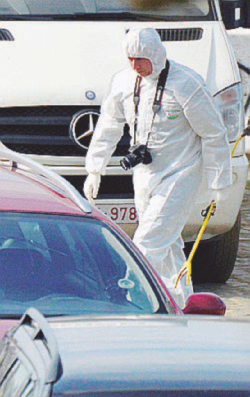 Auto sulla folla, ma niente vittime: il guidatore tunisino era ubriaco