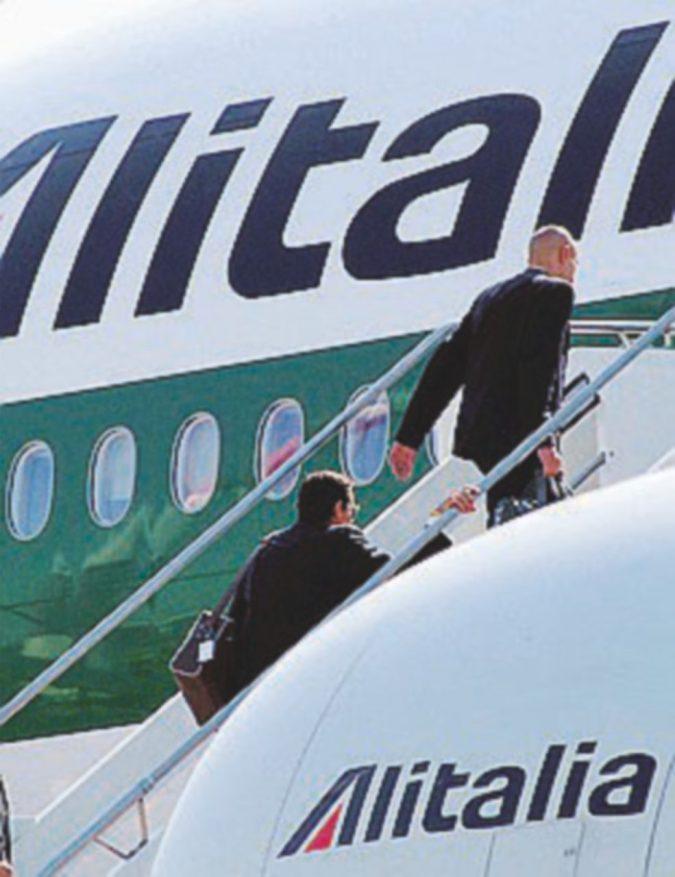 Alitalia, lo Stato aprirà ancora il portafogli: da Cdp 200 milioni per dare fiato alla società