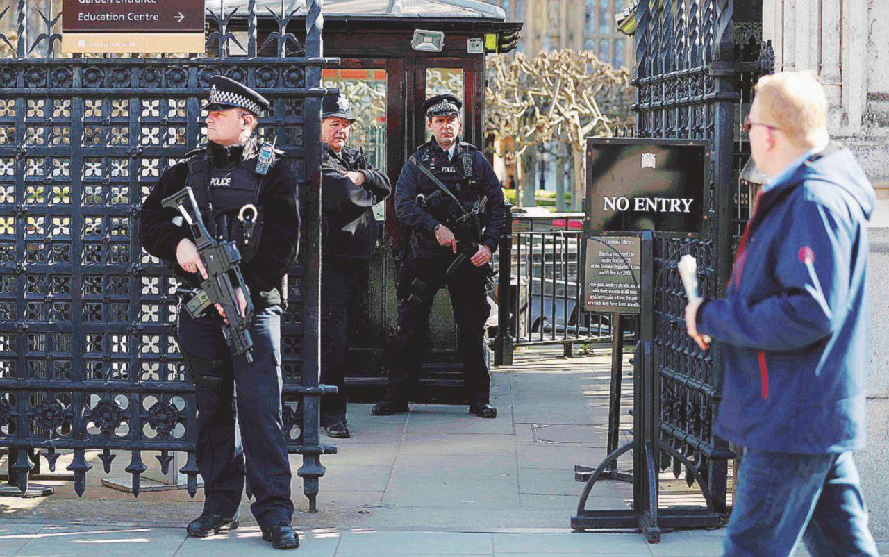 Masood e la retata dei soliti sospetti: sette sono già liberi