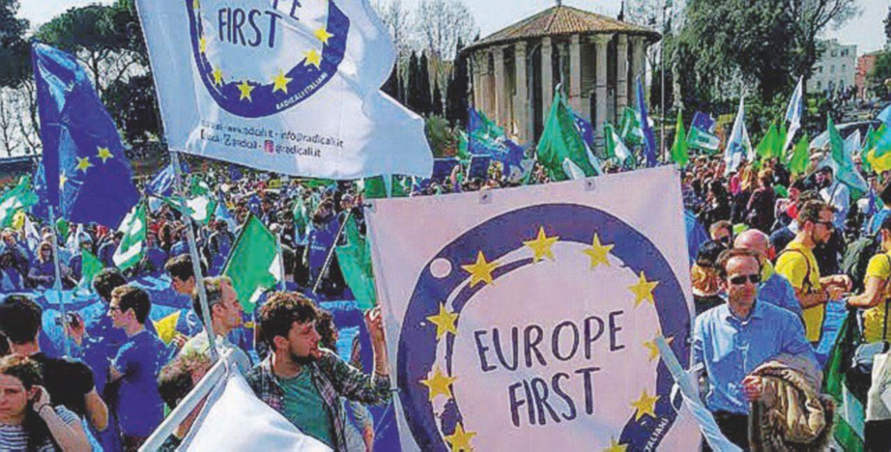 E i Radicali marciano controcorrente a favore dell'Unione