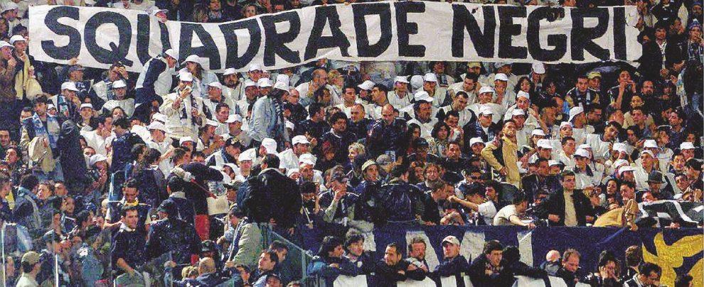 """La dura legge del gol: """"Sei negro, vattene"""""""