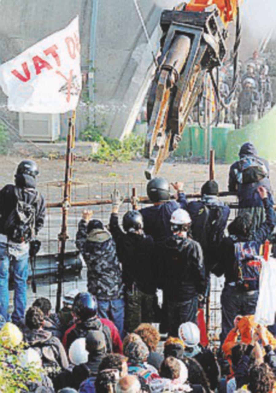 Assalto No Tav, la Cassazione esclude l'accusa di terrorismo