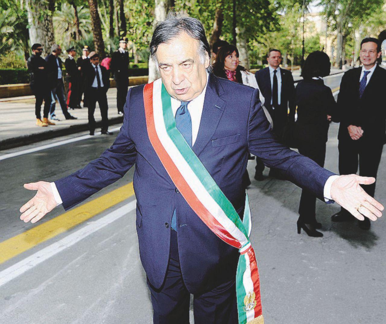 Palermo, debutta il post-Pd. La lista a metà con Alfano