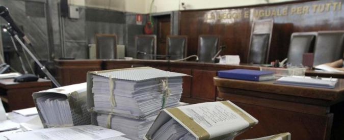 Corruzione e sprechi, non solo politici e imprenditori: ecco le storie di ordinaria illegalità che minano i conti dello Stato