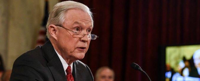 """Usa, Sessions: """"Taglieremo fondi a città che proteggono immigrati clandestini"""""""
