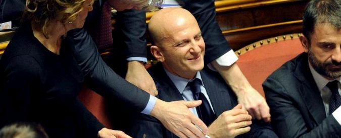 Senato, Pd e Fi salvano Minzolini e rottamano la Severino. Farsa finale: 'Ho vinto, mi dimetto'. Ma serve altro voto