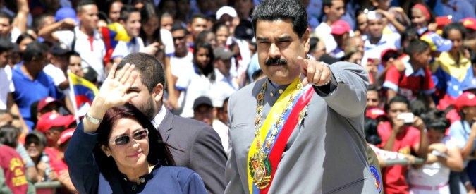 """Venezuela, esautorato il Parlamento: pieni poteri a Maduro. """"E' un colpo di Stato"""""""
