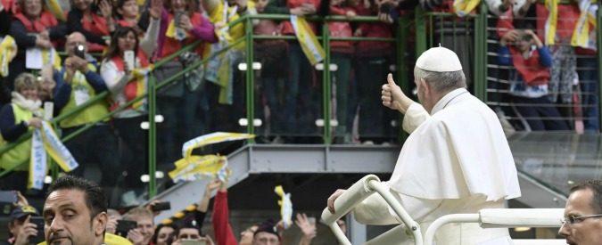 Papa Francesco, l'unico esempio di politico del Terzo millennio