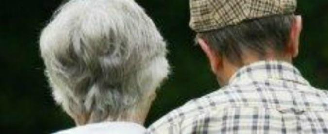 """Istat, Italia sempre più vecchia: """"Nel 2065 popolazione calerà di 6,5 milioni. Per le donne vita media sopra i 90 anni"""""""