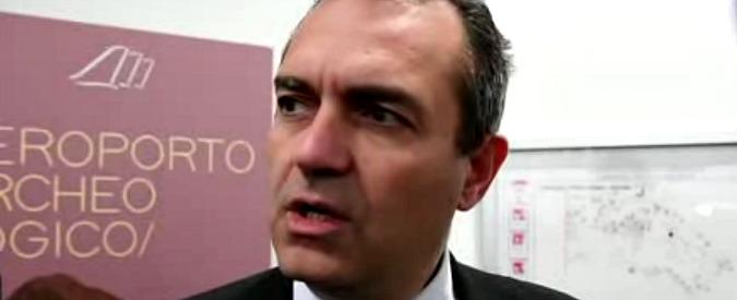 """Il sindaco di Cantù: """"Napoli fogna infernale"""", de Magistris: """"Querela per diffamazione"""""""