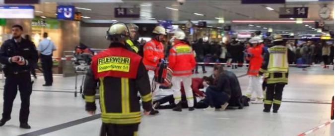 """Germania, media: """"Aggressione a colpi di accetta alla stazione di Düsseldorf"""""""