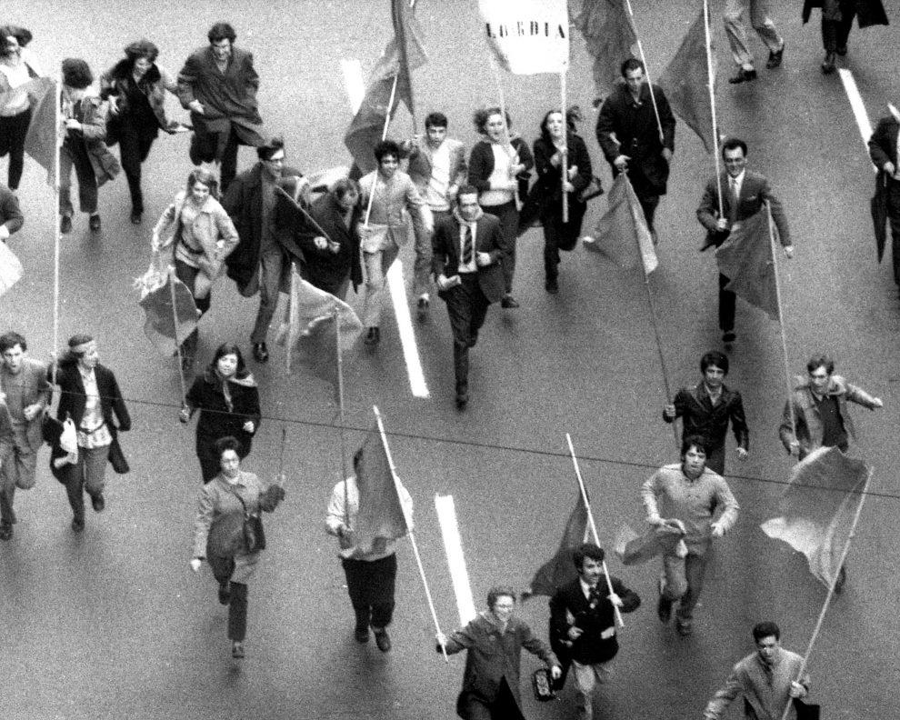 Manifestazione contro la guerra del Vietnam, Genova 1969 (foto Adriano Silingardi)