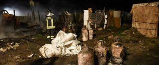 """Foggia, incendio in una baraccopoli. Morti due migranti: """"Non doloso"""". Salvini: """"Sangue sulle mani della sinistra"""""""
