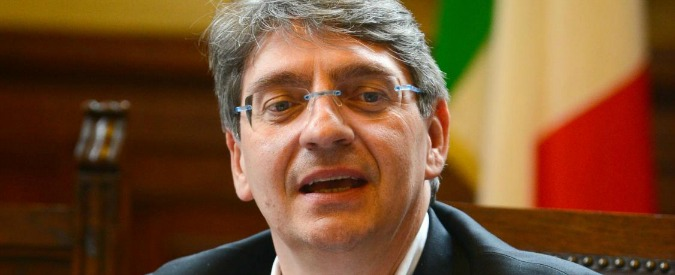 Brescia, firma il bando per assumere il capo Risorse Umane. Poi vince la selezione (perché ha tutti i requisiti)
