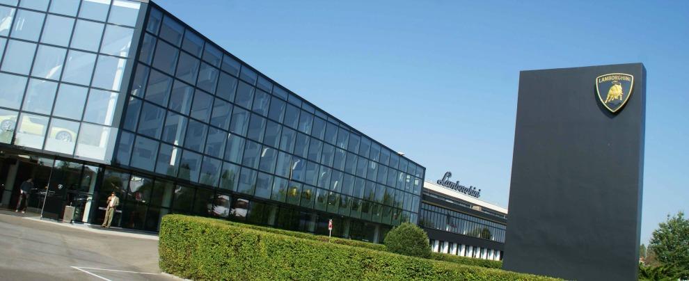 Lamborghini, il nuovo suv Urus porta in dote duecento posti di lavoro