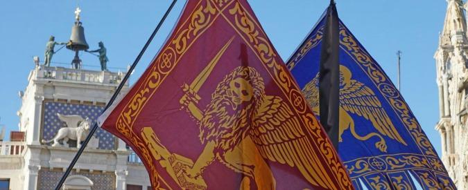 """Veneto, il governo impugna la legge che impone la bandiera di San Marco negli edifici pubblici: """"È incostituzionale"""""""