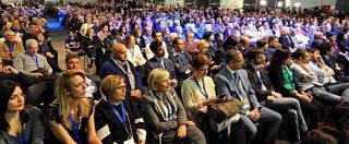 """Lingotto, per Renzi platea con pochi giovani. Organizzatori: """"Un'impressione"""". Ma c'è chi critica: """"Riconquistarli? Sarà lunga"""""""