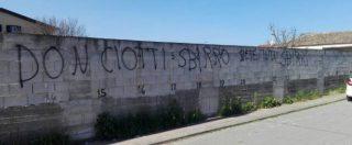 Locri, dalle faide familiari all'omicidio Fortugno: 20 anni di 'ndrangheta nella città delle scritte contro don Ciotti