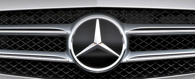 Mercedes, maxi richiamo da un milione di veicoli per rischio d'incendio