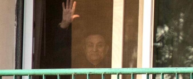Egitto, scarcerato Hosni Mubarak dopo l'assoluzione. L'ex rais è tornato nella sua residenza al Cairo