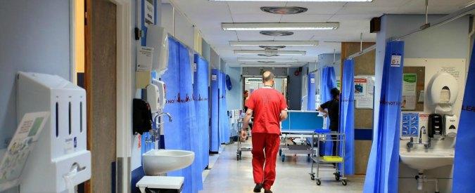 """Sanità, Censis-Rbm: """"L'anno scorso 12,2 milioni di italiani non si sono curati per motivi economici"""""""