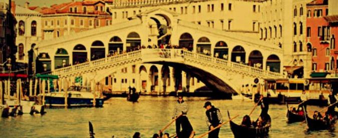 """Terrorismo, tre arresti e un fermo a Venezia. L'intercettazione: """"Guadagni il paradiso. Metti una bomba a Rialto"""""""