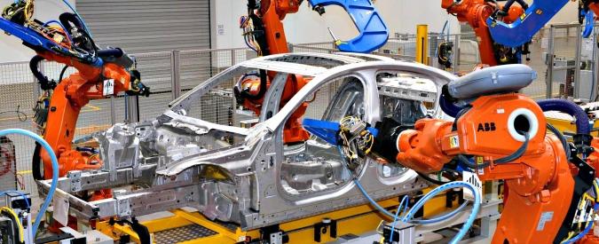 Robot, per ognuno utilizzato in fabbrica si perdono fino a 6 posti di lavoro umani
