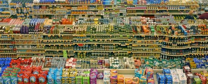 """Istat: """"Nel secondo trimestre reddito disponibile su dell'1,3%, ma i consumi salgono solo dello 0,1%"""""""