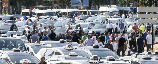 """Ncc, il governo pronto al decreto nella notte. I tassisti bloccano i servizi a Roma, i noleggiatori: """"Faremo come i gilet gialli"""""""
