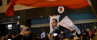 """Lite Olanda-Turchia, vicepremier turco: """"Chiuderemo lo spazio aereo ai diplomatici olandesi"""""""