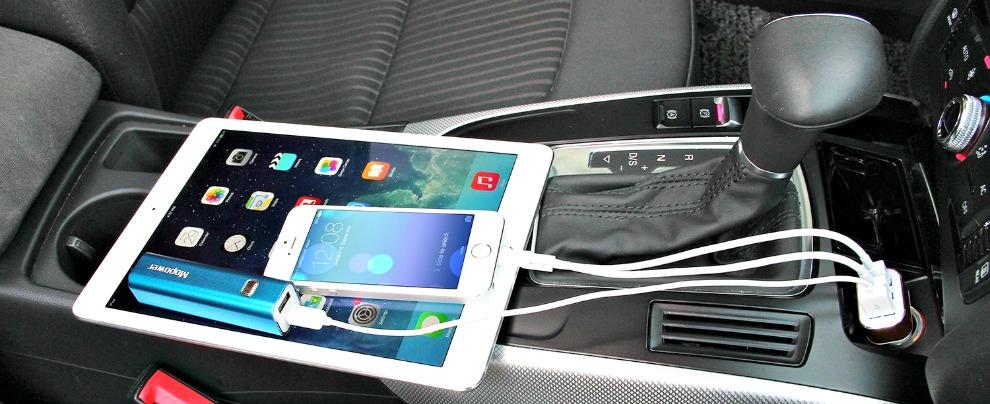 Pasqua, ecco i gadget da non perdere per i (lunghi) viaggi in auto