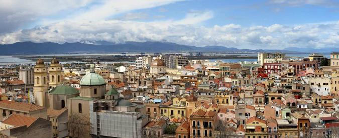 Cagliari, metropolitane a zig-zag e logge: giovedì in edicola sul Fatto torna 'A casa vostra'