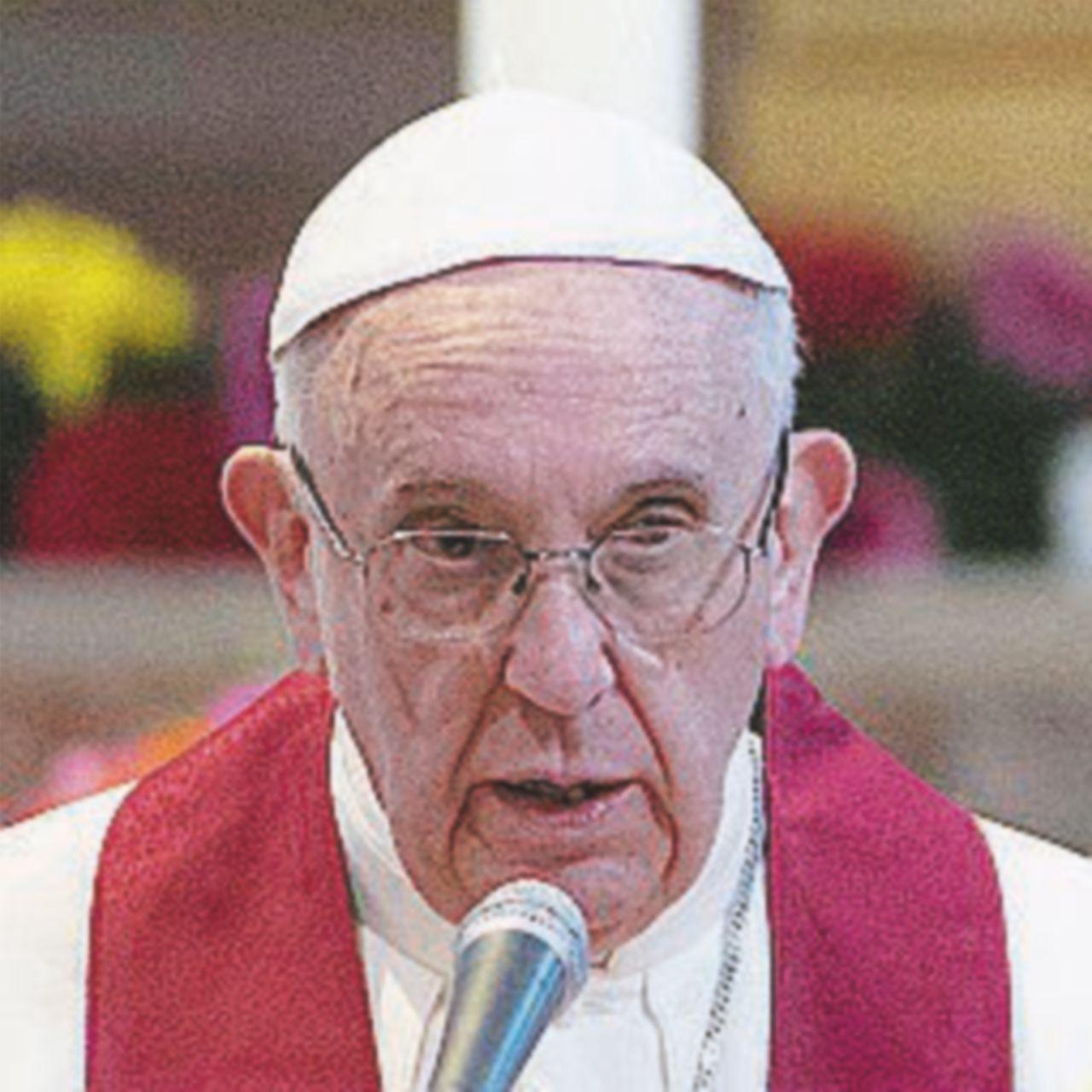 Papa Francesco pagherà l'affitto per la spiaggia dei disabili