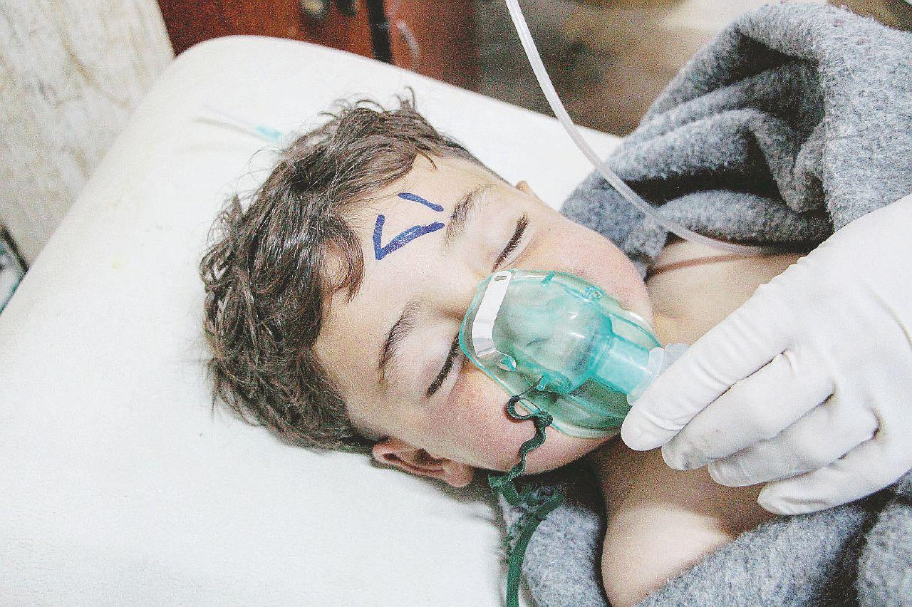 Sarin, il gas nervino di Assad intossica gli alleati anti-Isis