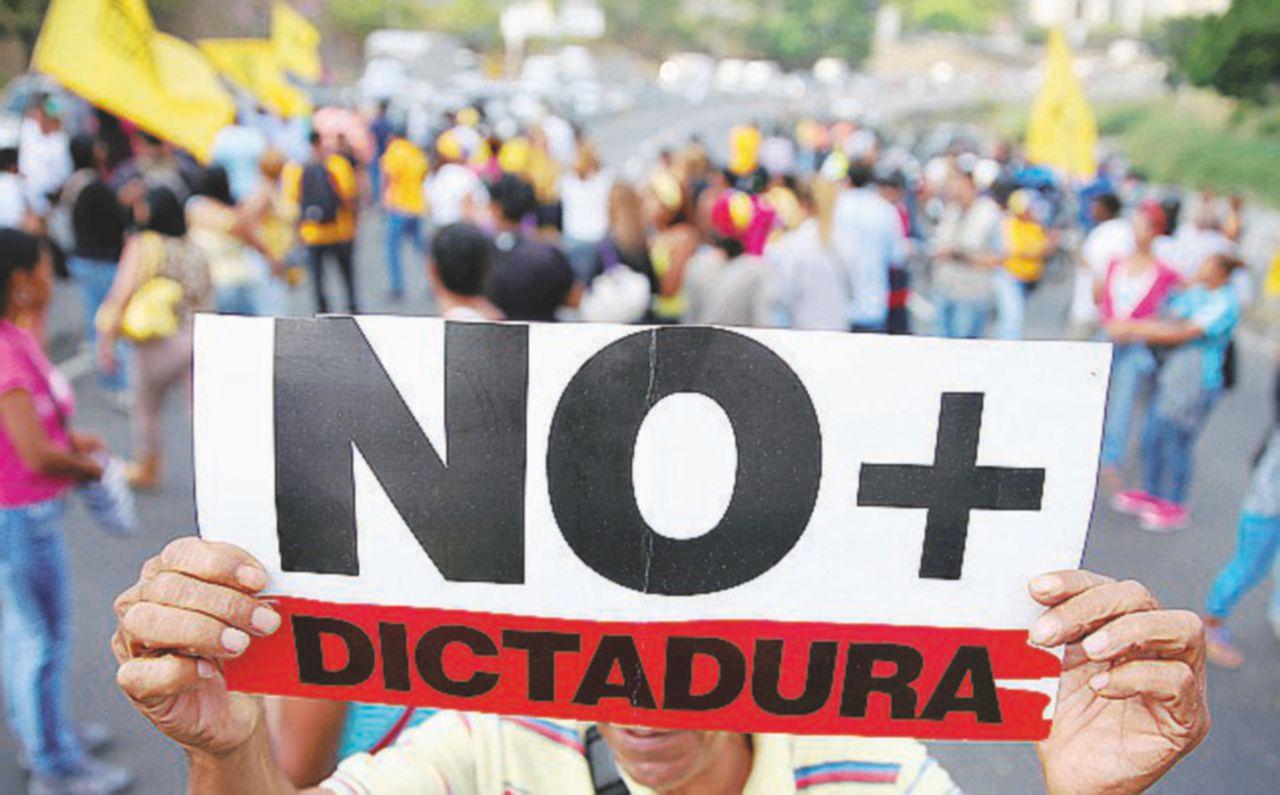 La dittatura di Maduro nell'abisso finale