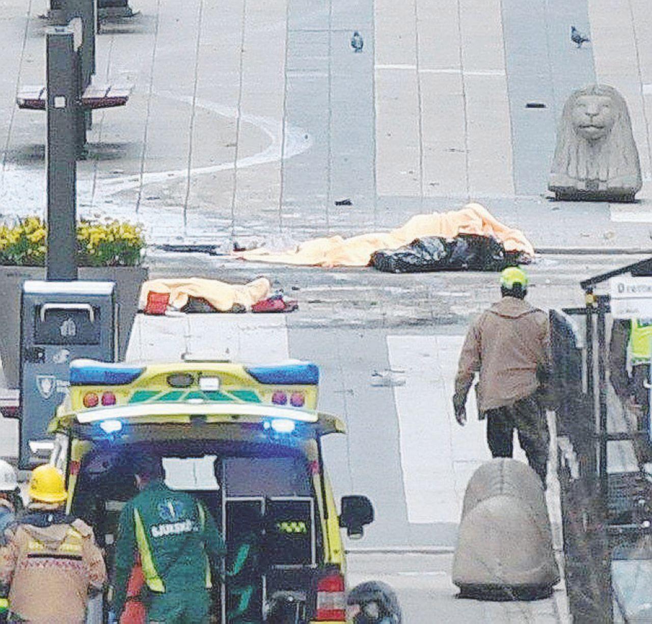 La sindrome del tir-killer Stoccolma, quattro morti