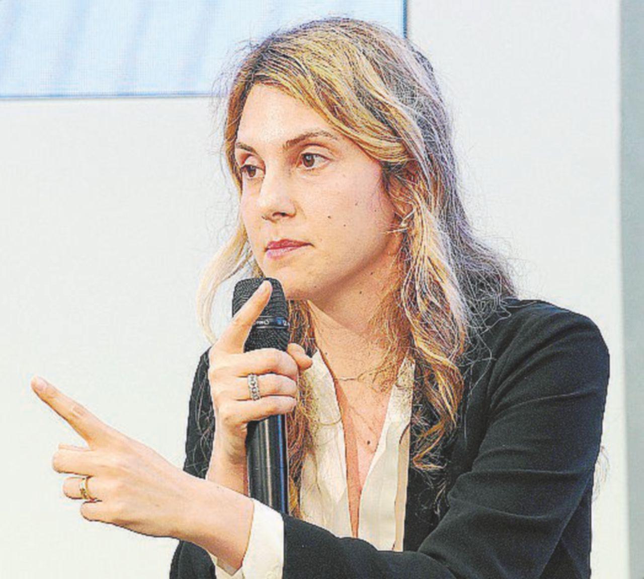 Niente da fare: politica e media tutti zitti sullo scandalo Madia