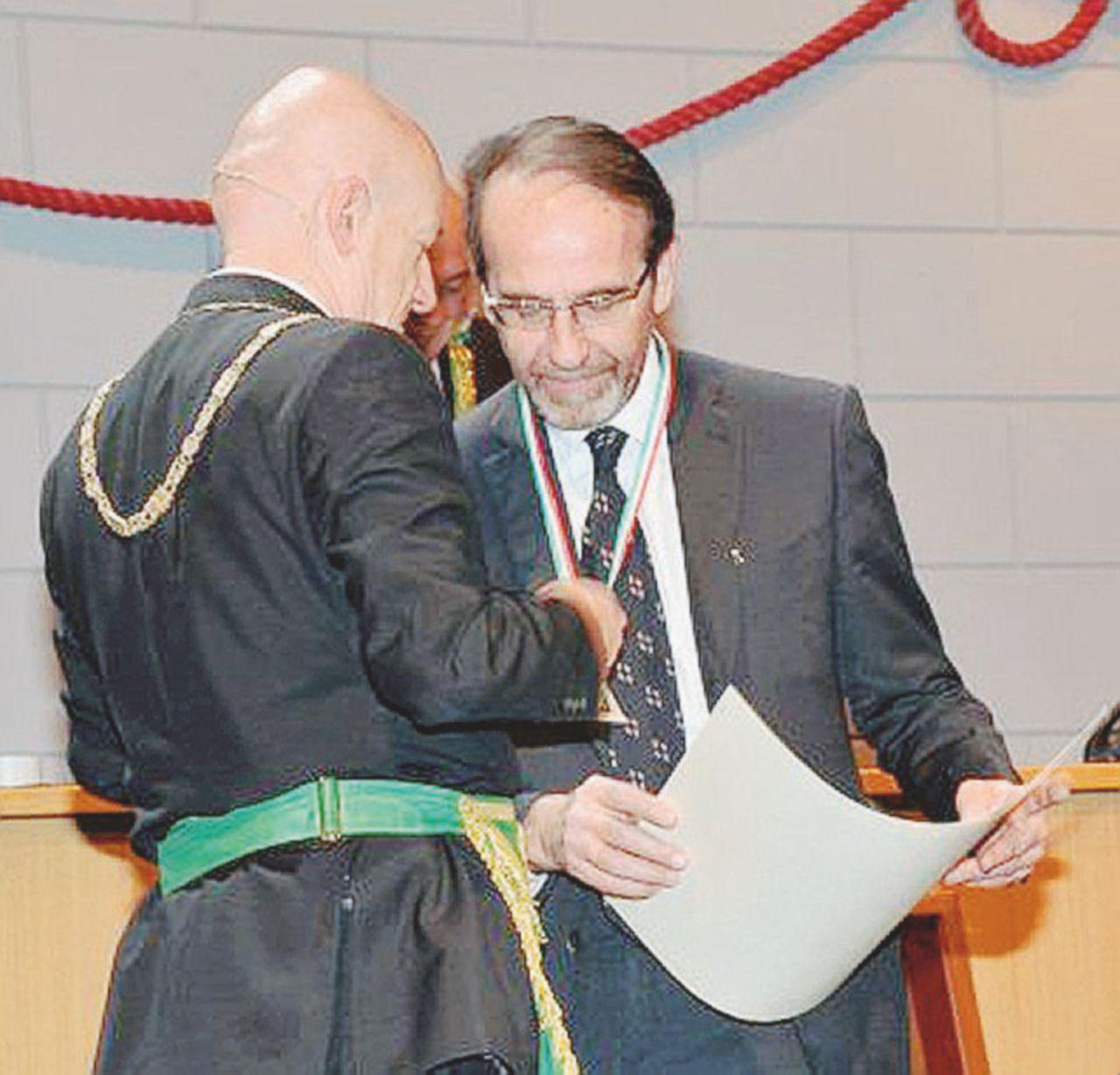 Il Goi premia Nencini e invita un verdiniano