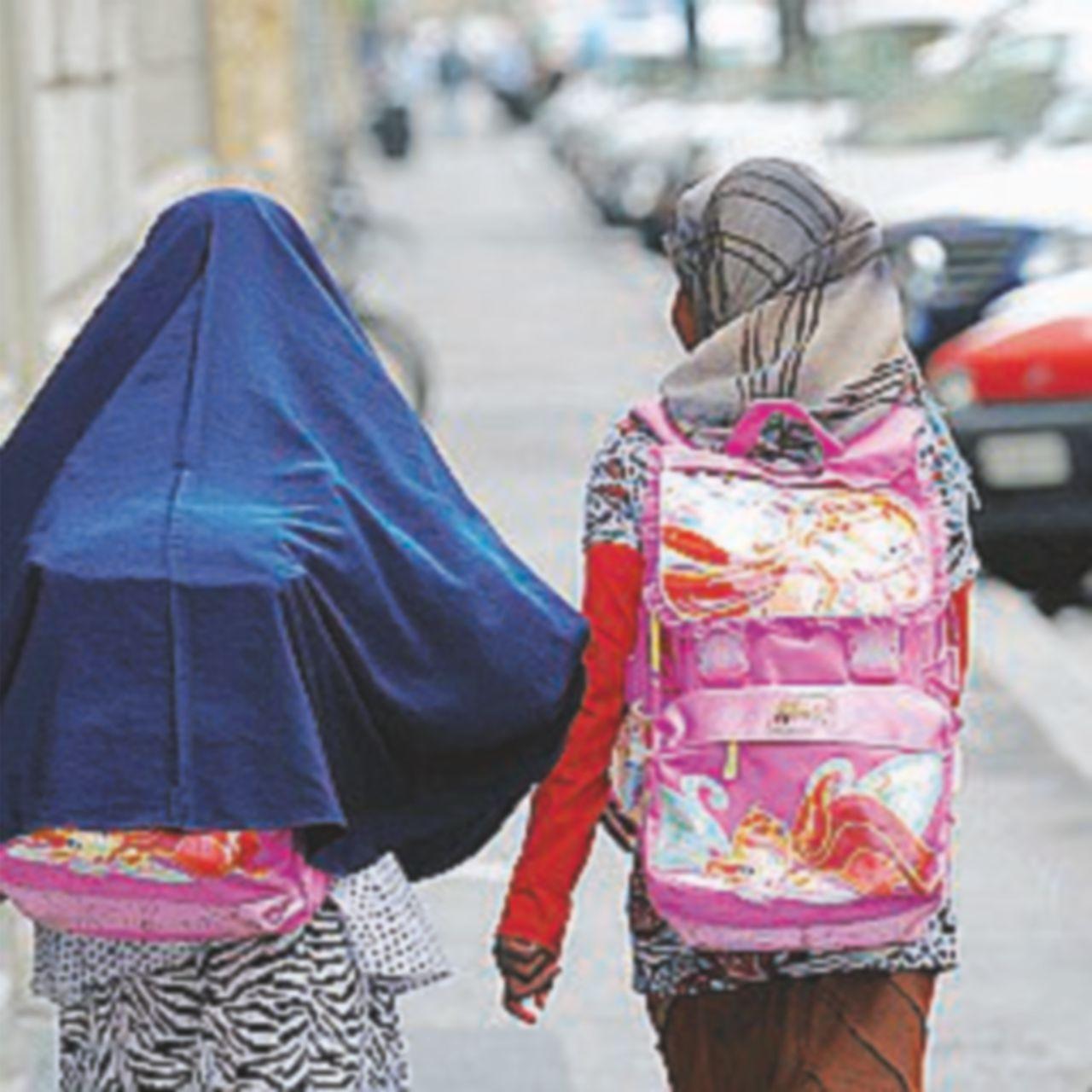 Nozze a 14 anni Rashida riesce a scappare  dall'orrore
