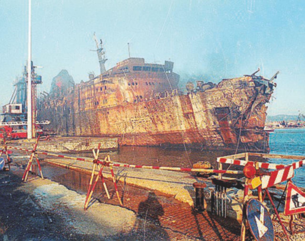 Moby Prince, un'altra inchiesta sul disastro del traghetto e il presunto traffico di scorie