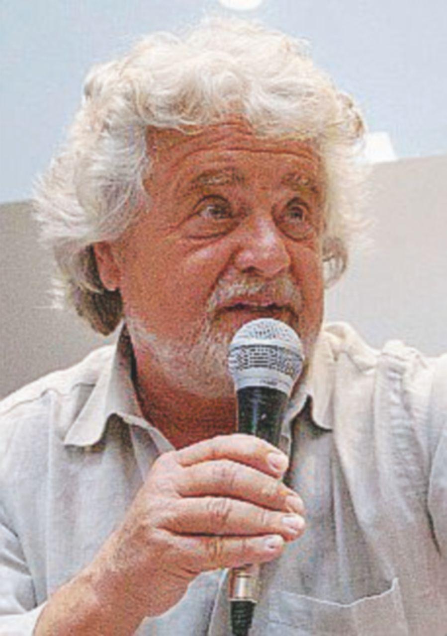 """Beppe Grillo: """"In atto un tentativo eversivo contro il Movimento"""""""