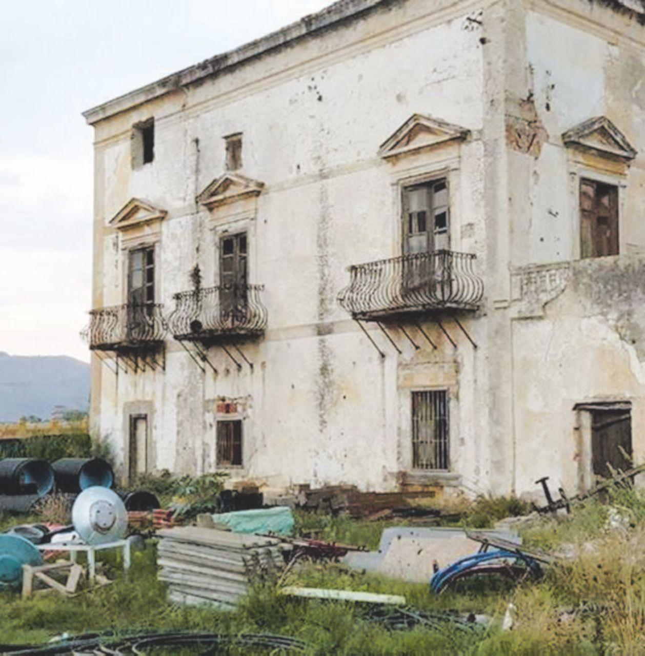 Palermo: la Villa del Gattopardo, ora di Mister Leopolda, è in rovina
