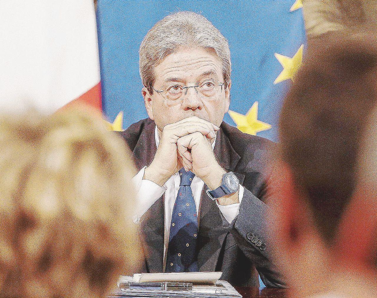 Sospetti, faide interne e paure: la guerra fra governo e Renzi