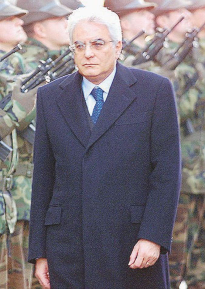 Mattarella e quelle firme false del 2001
