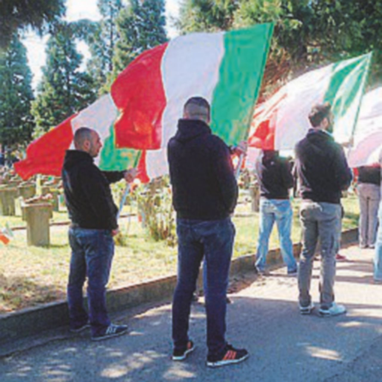 """""""Parata nera"""". A Milano: almeno Sala eviti i fiori"""