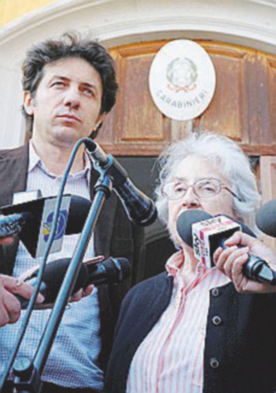 Indagati Mina Welby e Cappato per l'aiuto al suicidio di Trentini
