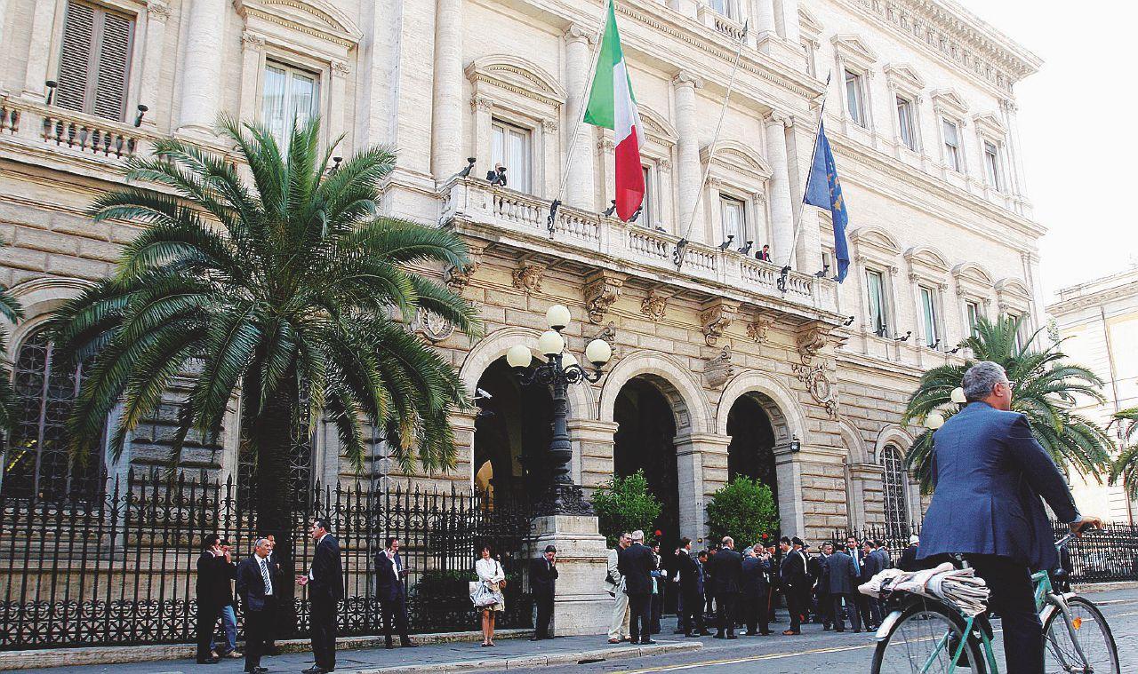Bankitalia avverte Renzi sui soldi di Scaramuzzino