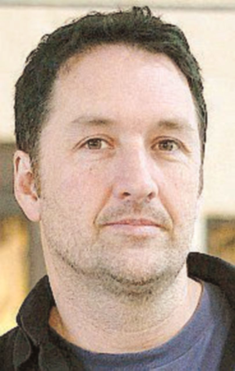 Guy Delisle, tavole per una prigionia minimale raccontata in grigio scuro