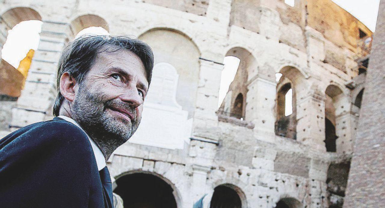 Colosseo, scontro tra Raggi e Franceschini
